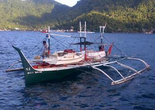 Kapal pamboat kecil
