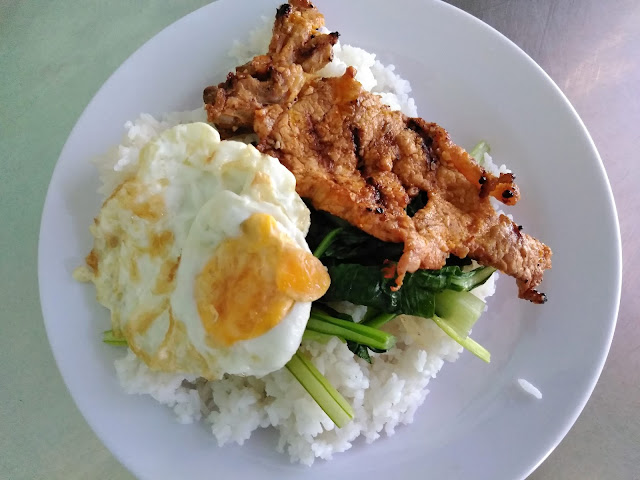 grilled chicken egg rice nha trang vietnam