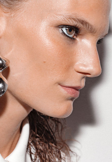 25 Highlighters and Illuminators Beauty Insiders Swear By