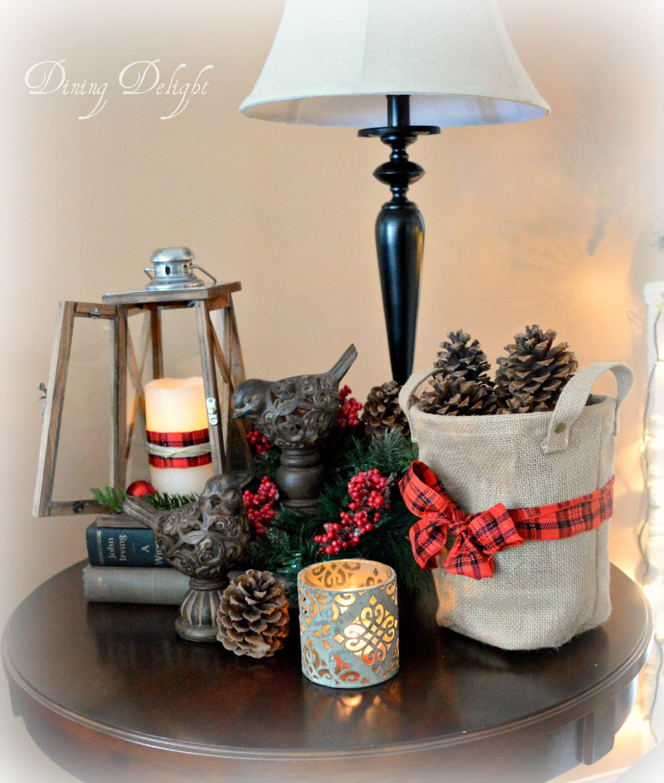 Dining Delight: Christmas Decor for End Tables