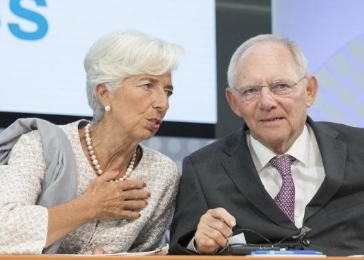 Handelsblatt: Τι ετοιμάζει ο Σόιμπλε για την Ελλάδα