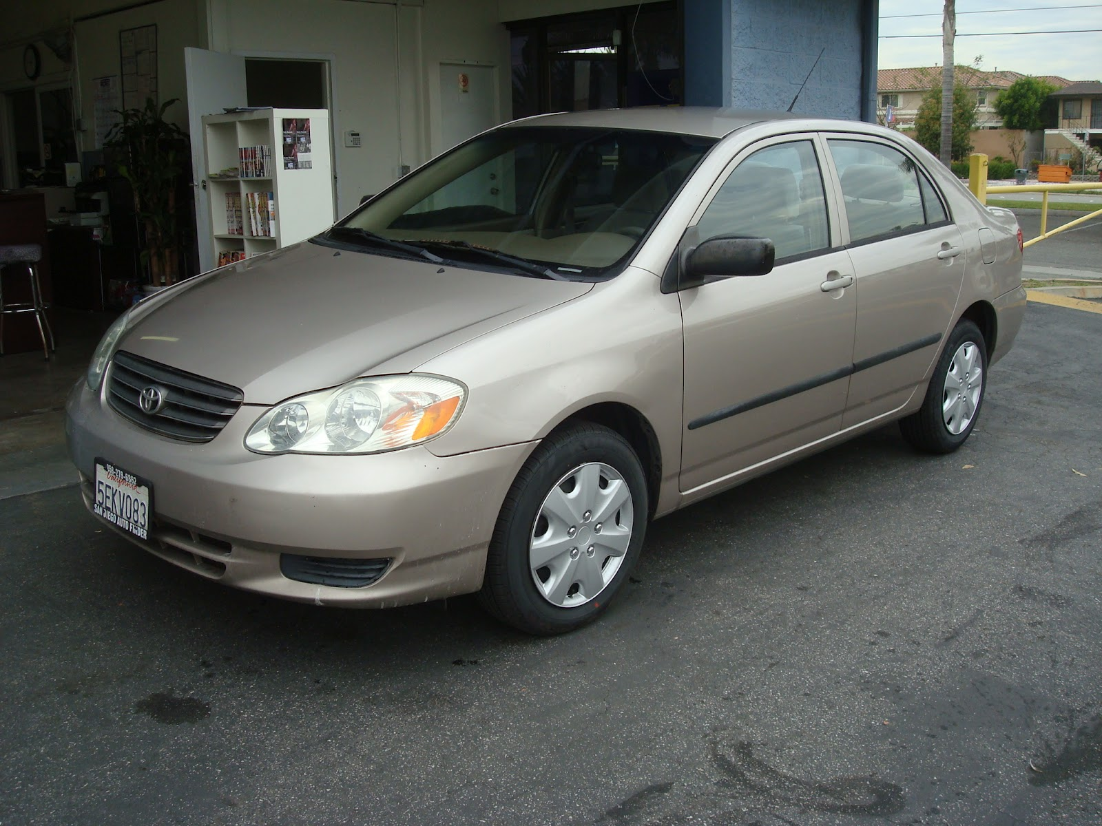 [2003] Toyota - Corolla CE (Gold)