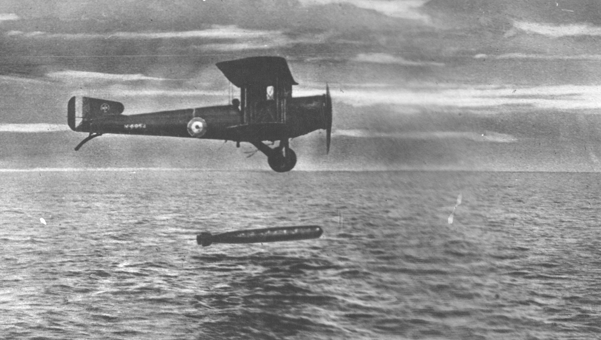 Original caption: The torpedo-aeroplane, a new arm precluded by armistice. Among new devices which armistice prevented Royal Air Force from putting into use against enemy was the torpedo-aeroplane.