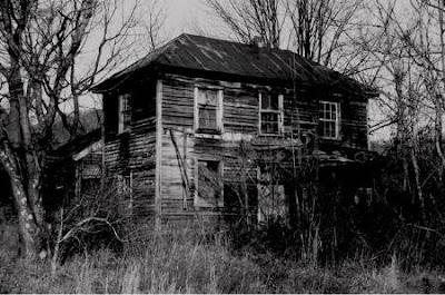 Rumah Nenek Yang Angker