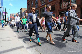 CANADA: Men on High-heel Shoes in a Campaign to end Violence Against Women