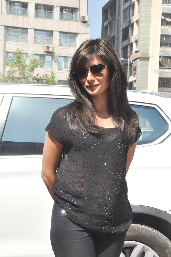 gd0nlaap736n8r8z.D.0.Chitrangada Singh at promotional event of film I ME AUR MAIN at Reliance World in Mumbai 3 IndiBabes