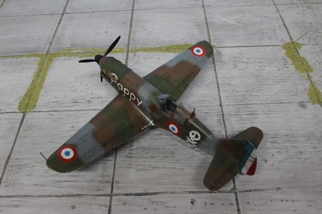 Maquette Tamiya du Dewoitine D.520  Warthunder au 1/48.
