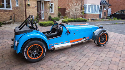 Drivers side view of my beloved Caterham R500 Duratec