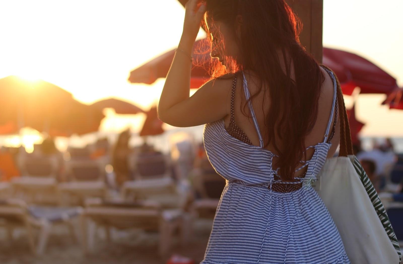 robe lacée dans le dos