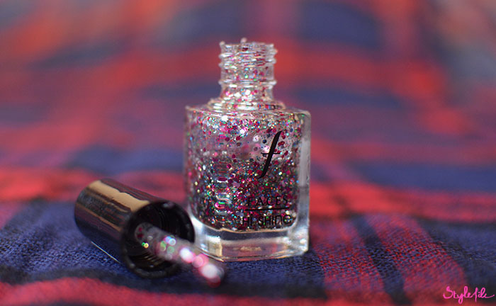 Beauty blogger Dayle Pereira of Style File showcases the glitter nail polish Hollywood from Faces Canada as part of the makeup and beauty products on a budget for the spring and summer