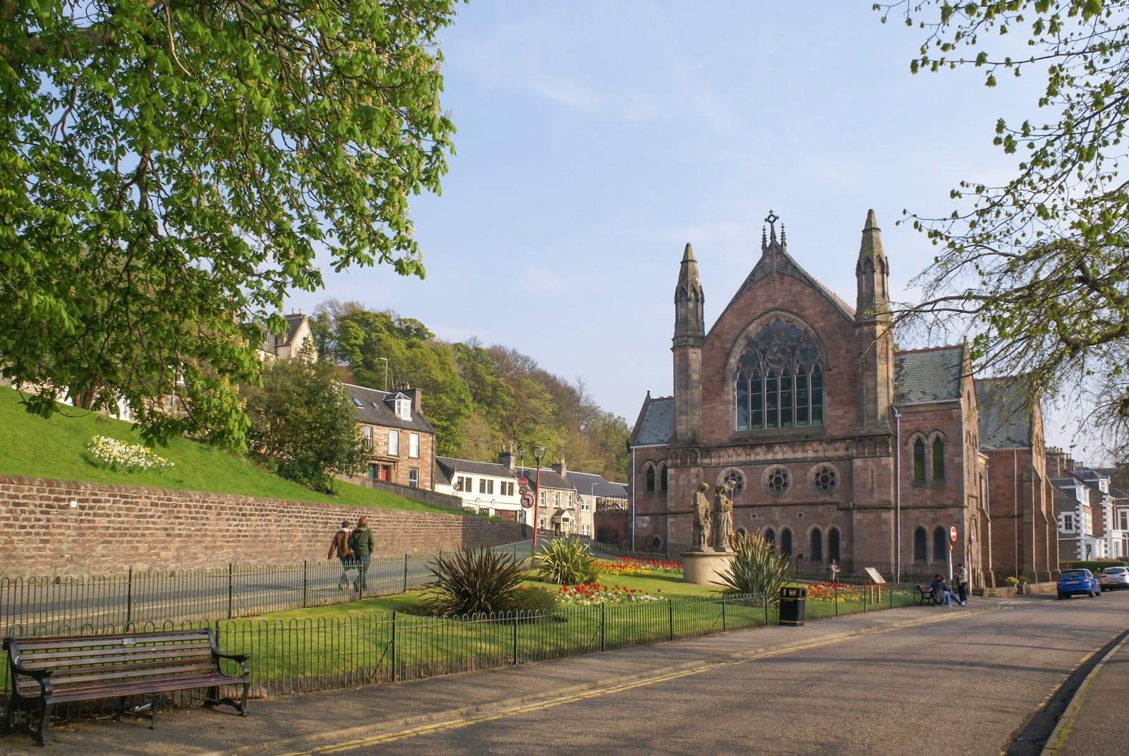 inverness scotland church ness river