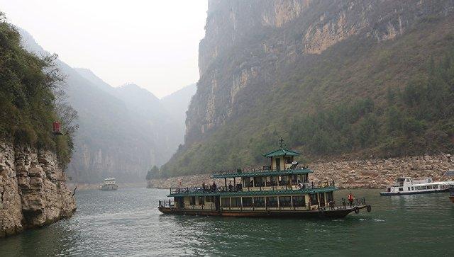 Китайские археологи обнаружили в притоке Янцзы более 10 тысяч артефактов