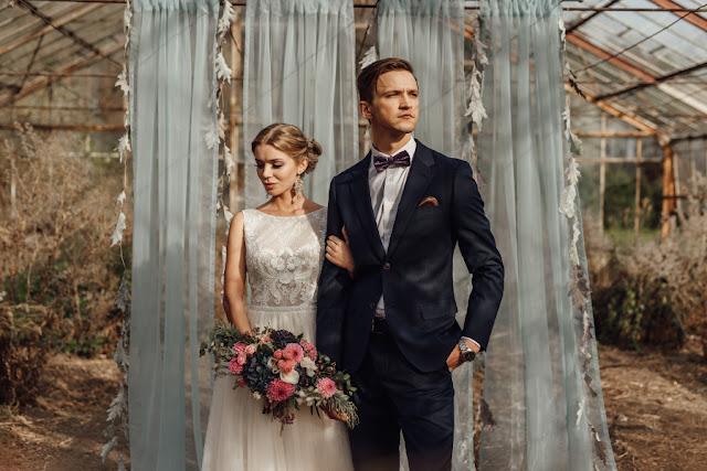 Jesienna sesja ślubna w oranżerii