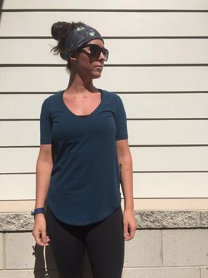 lululemon alberta-lake-love-tee