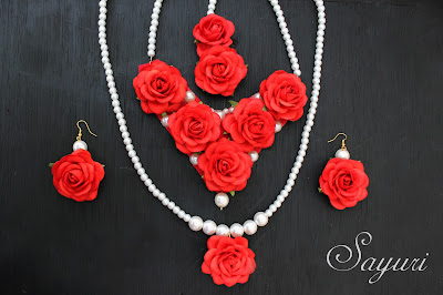 Red rose and pearl set