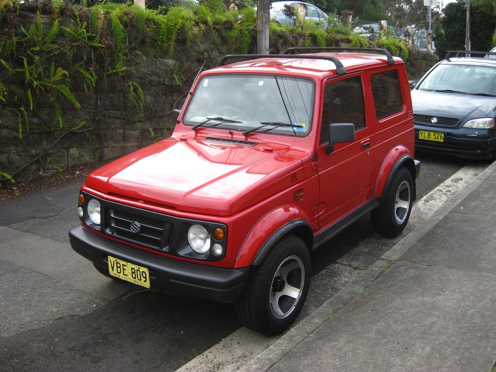 Aussie Old Parked Cars 1998 Suzuki Sierra