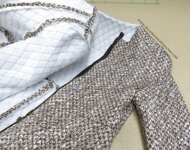 abrigo con mangas originales y diferentes