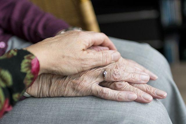 Osorno: Súmate a feligreses y ayuda a adultos mayores