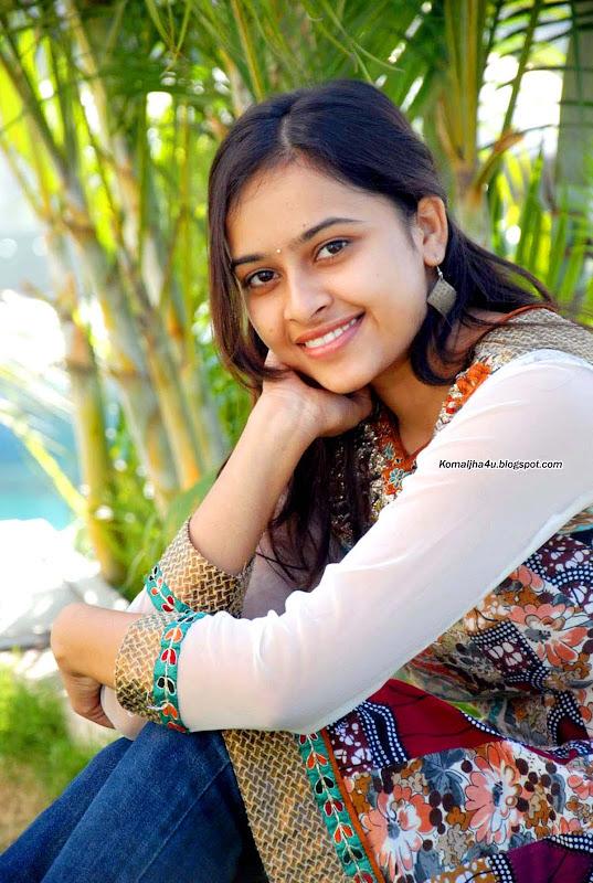 Varutha padatha valibar sangam video free download.