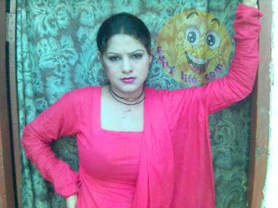 Fatima Khan Photo