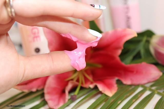 Texture innovante du masque capillaire anti-âge - Myriam K - Blog beauté Les Mousquetettes©