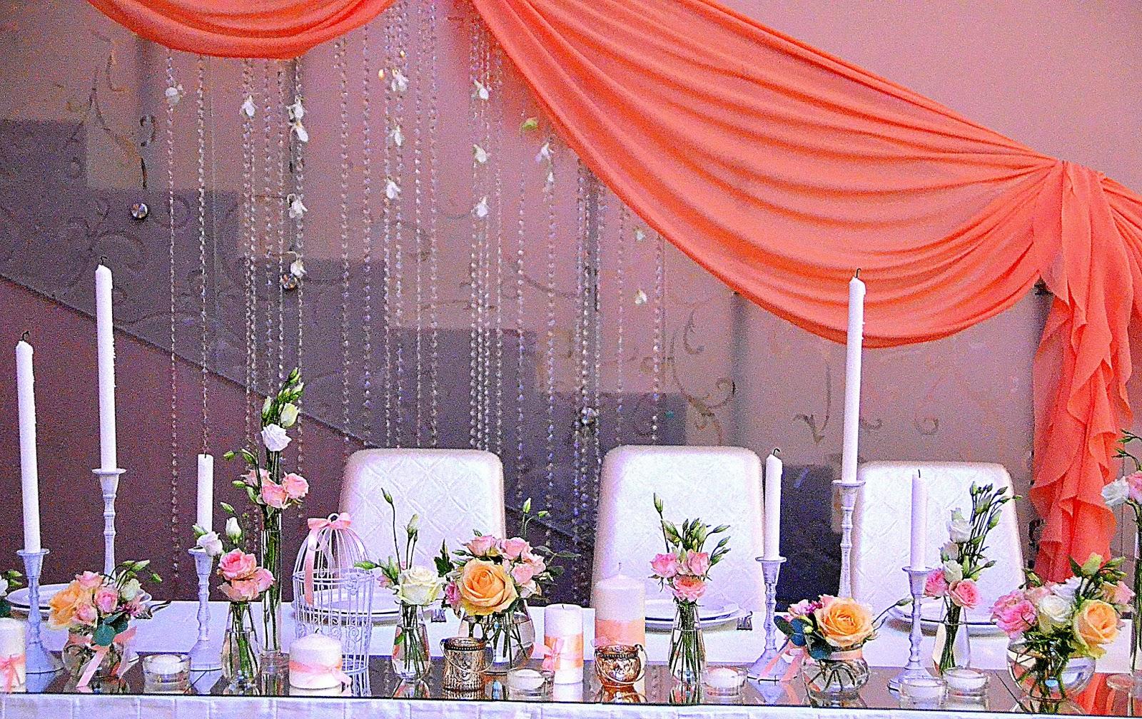 оформление свадебного стола тканью