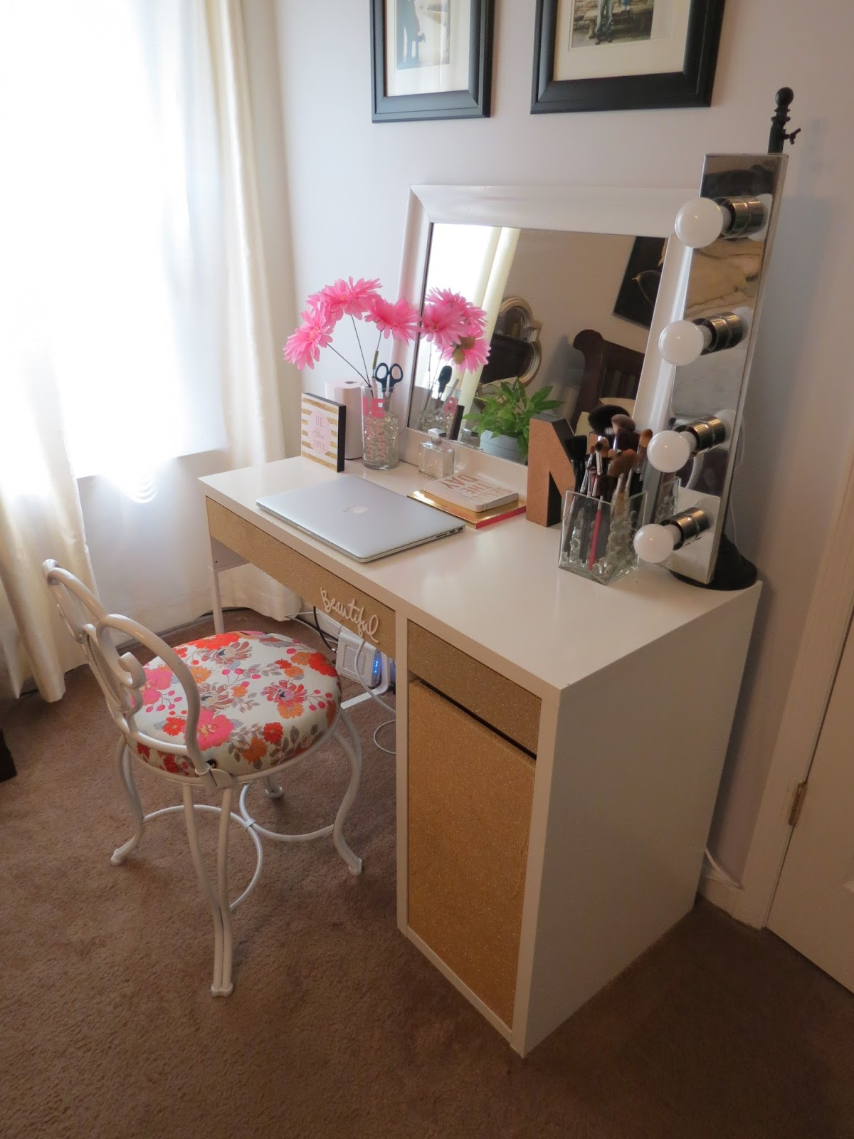 My 20 ikea desk makeup vanity diy projects by nina my 20 ikea desk makeup vanity solutioingenieria Image collections