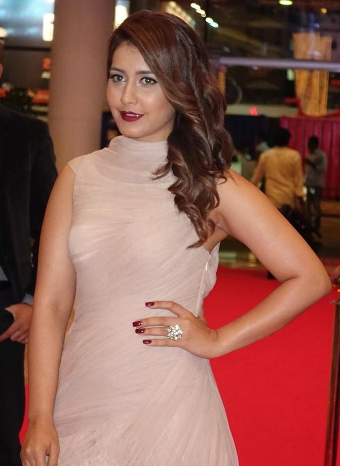 Tollywood Actress Photos At Siima Awards Rashi Khanna
