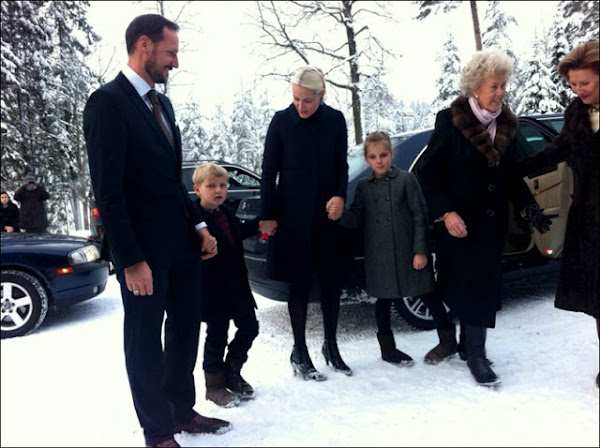 Crown Princess Mette-Marit, Queen Sonja, Crown Prince Haakon, Mette-Marit valentino dress