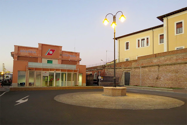 Coast Guard building, Porto Mediceo, Livorno