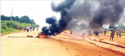 Two Killed As Policemen, Anambra Youths Clash