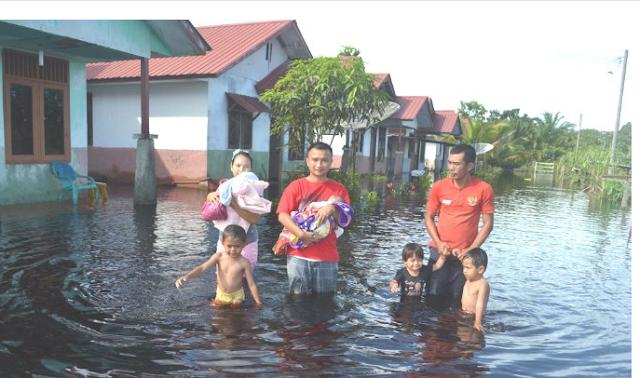 Banjir Singkil Menganas, Bayi baru lahir di Evakuasi