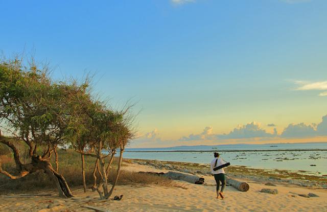 Keindahan Pantai Kupang
