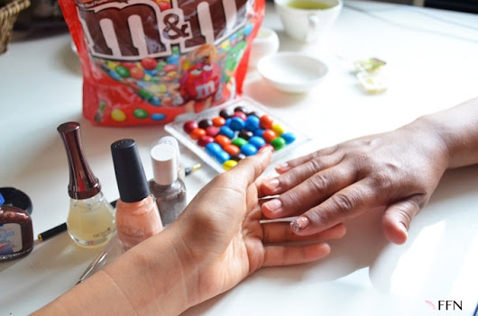 DIY COFFEE NAIL ART AND MARS LA MERIENDA