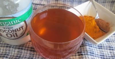 La boisson de guérison épicée pour de nombreuses affections qui nettoient le corps des toxines