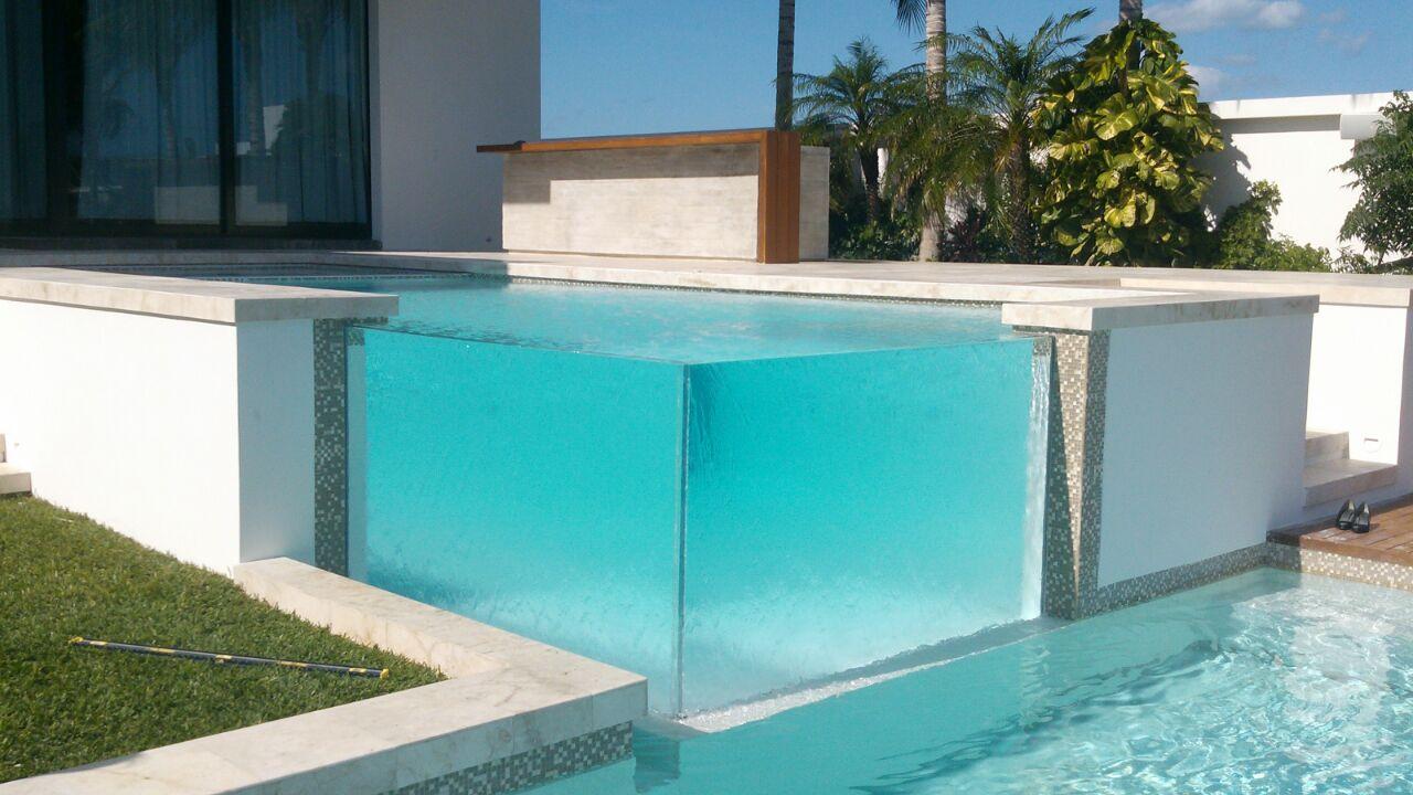 Construcci n de albercas acr lico para albercas for Construccion de piscinas en mexico
