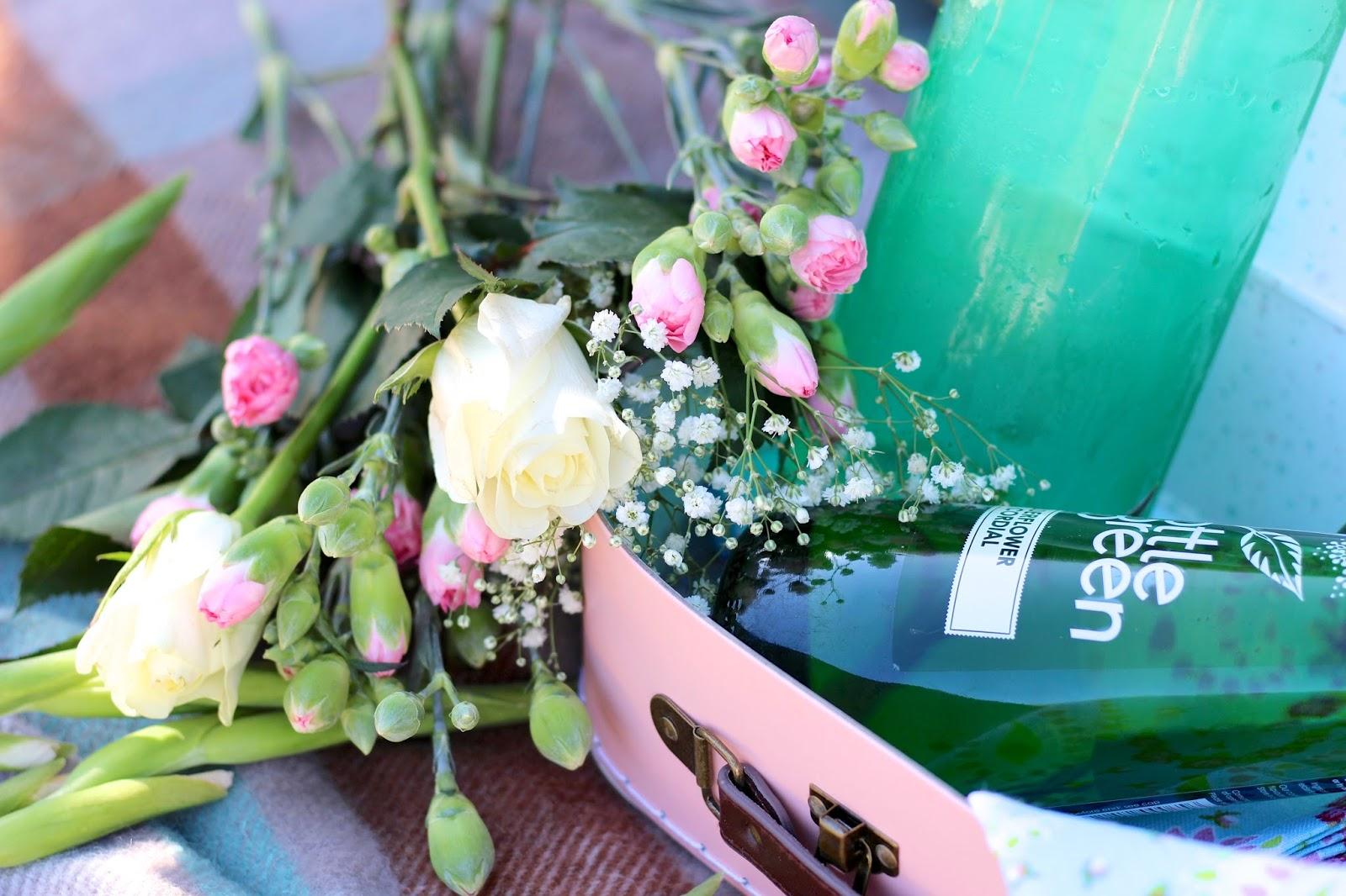 Elderflower cordial photography of bottlegreen