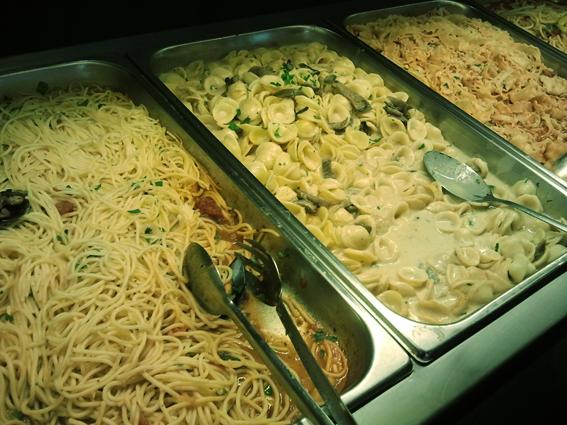 buffet-muerde-pasta-majadahonda