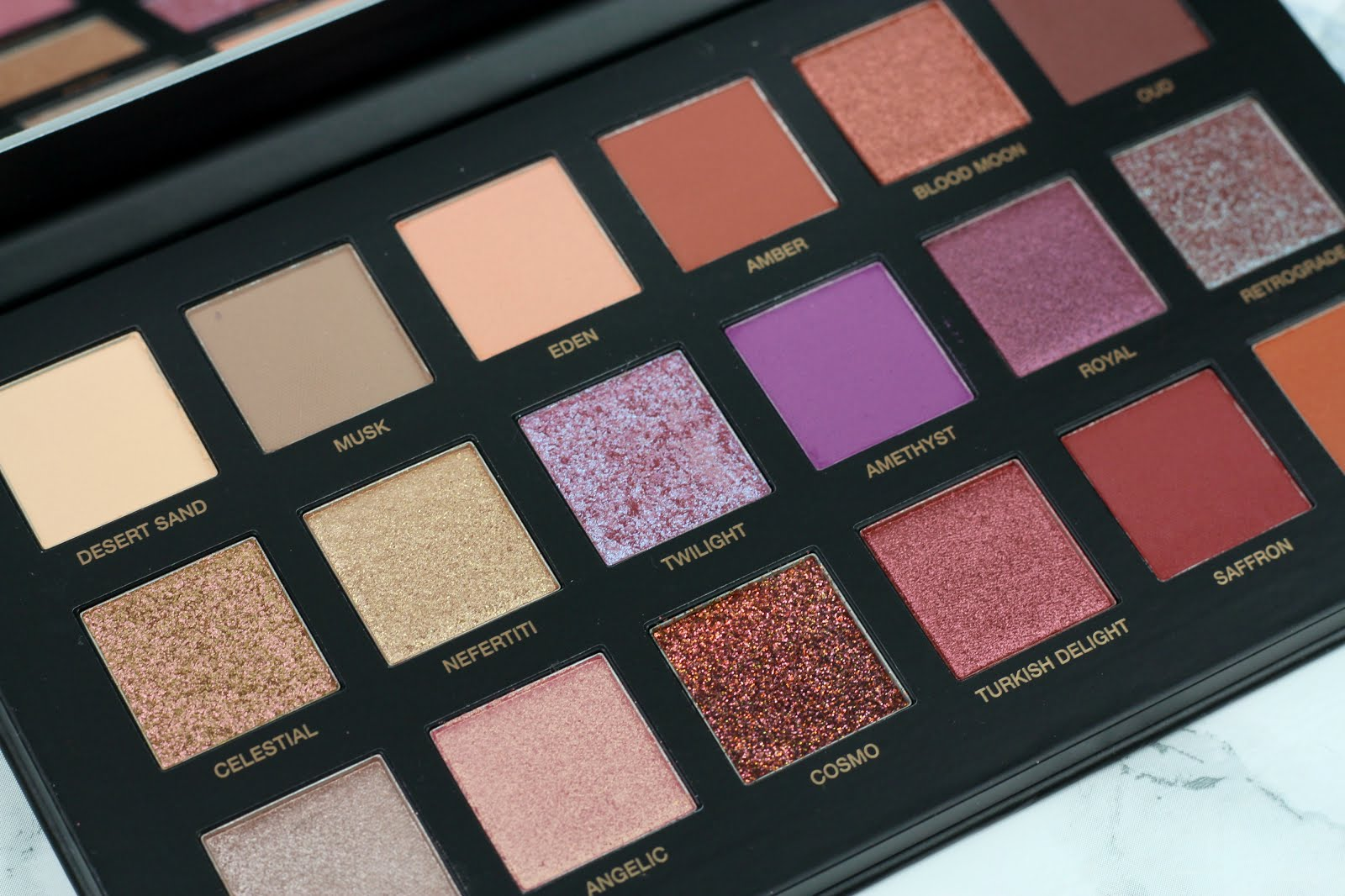 huda, huda beauty, huda palette, huda beauty palette, huda desert dusk, huda beauty desert dusk, huda beauty desert dusk palette, palette, desert dusk, huda desert dusk review, huda desert dusk swatch, nelly ray, nelly ray blog, blogger, german blogger, deutsche beauty blogger