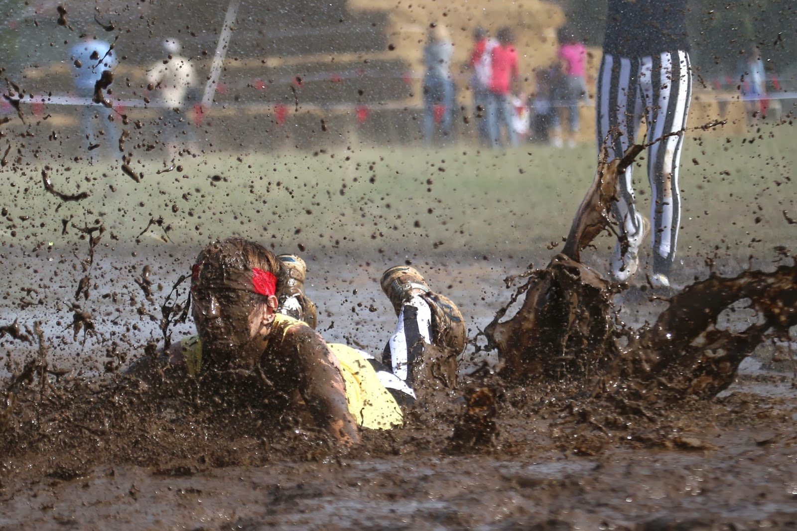Beynes, Competition, Course, France, Mud Day, Mud Day Challenge, Offbeat, Paris, Participants, Sports,
