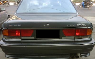 Eksterior Belakang Mitsubishi Eterna Facelift