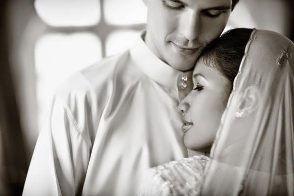 Istri Belum Mandi Suci dari Haid, Suami Ngajak Berjima' Bagaimana Hukumnya?