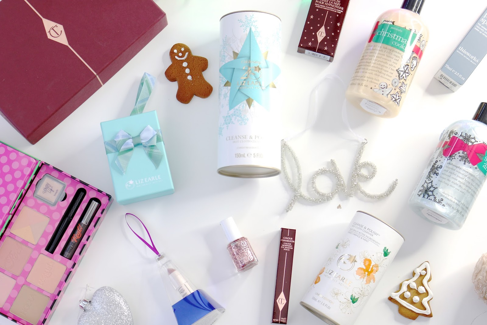 Beauty, Christmas, Christmas present ideas, christmas gift ideas, beauty presents, beauty sets, John Lewis, Liz Earle, Soap and Glory, what to buy people at christmas,