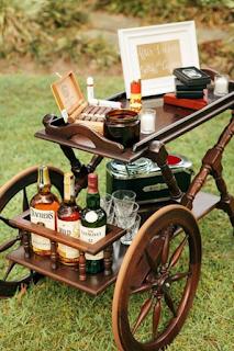 bar à whisky et cigares mariage d'hiver  blog mariage www.unjourmonprinceviendra26.com