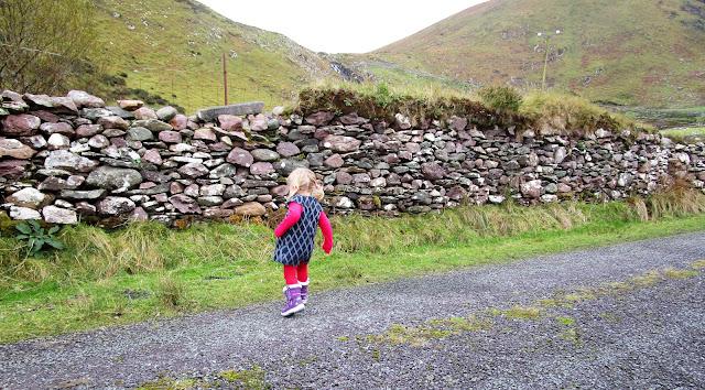 kiviaita, Irlanti, ruutukotelomekko