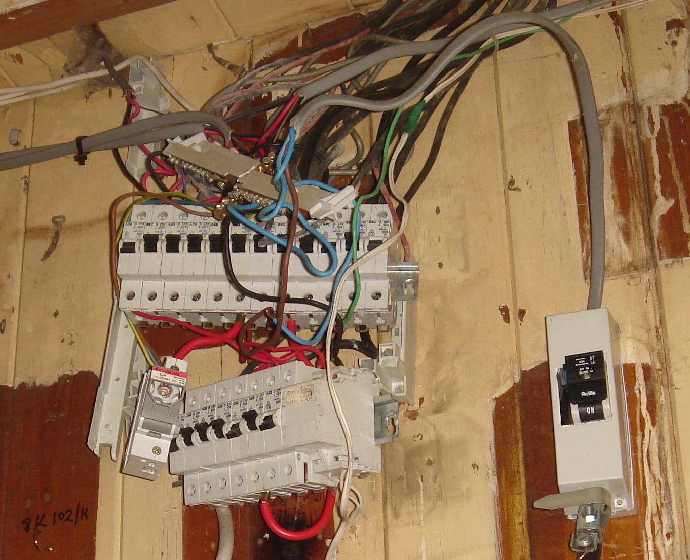 rewiring old house wiring rewiring free engine image for rewiring an old house rewiring an old [ 1362 x 1105 Pixel ]