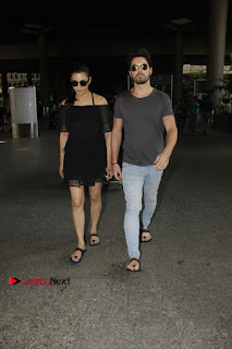 Actress Shruti Han Snapped at Airport in a Black Short Dress  0003.jpg