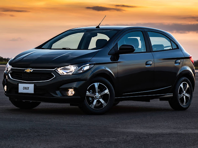 Hyundai HB20 2018 x Chevrolet Onix x Fiat Argo