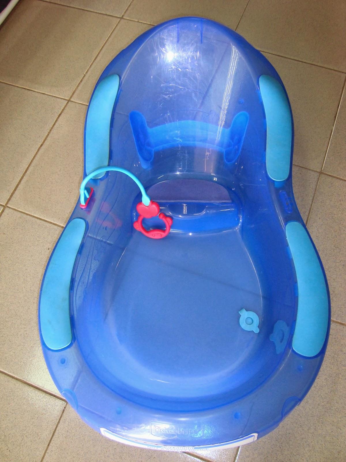Preloved Toysworld Thetottoys Fisher Price Aquarium Bath Tub