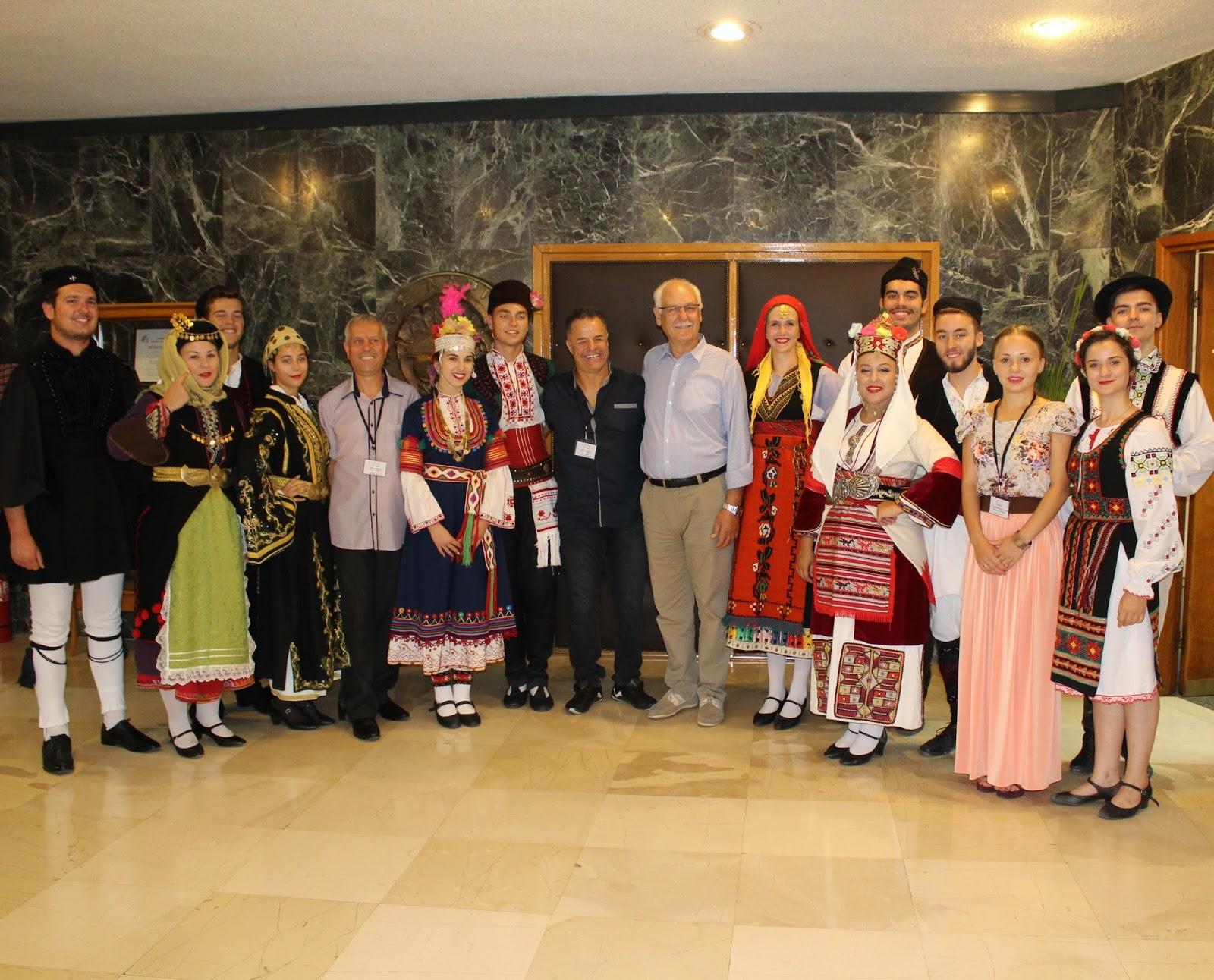 Στο Δήμαρχο Λαρισαίων μέλη χορευτικών συγκροτημάτων από τη Μολδαβία και τη Βουλγαρία